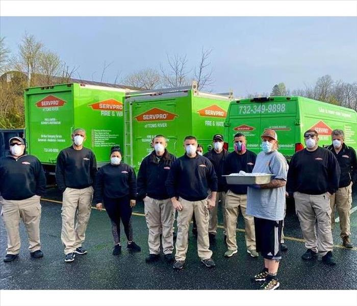 SERVPRO of Toms River crew & Harry's Smokin' BBQ outside with masks on for protection against Covid-19